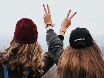 40 frases bonitas para amiga que celebram o laço de amizade entre vocês