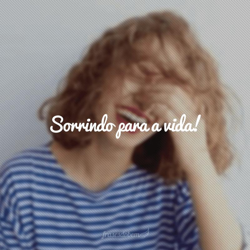 50 Frases Curtas De Sorriso Para Curtir E Esbanjar Alegria