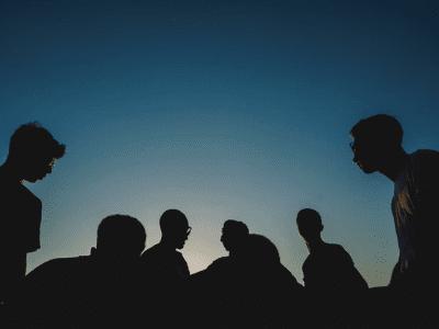 50 frases de irmandade que mostram como a união faz a força