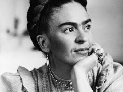 32 frases de Frida Kahlo repletas de dor, poder e amor