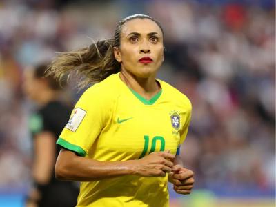 40 frases de futebol feminino para aprender a respeitar as mina