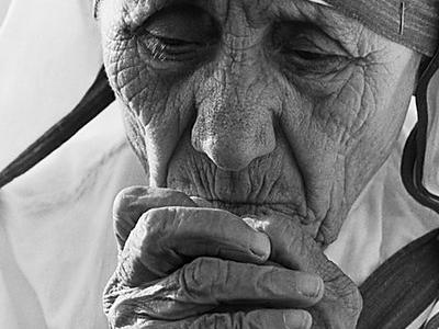 25 frases de Madre Teresa de Calcutá que farão você refletir