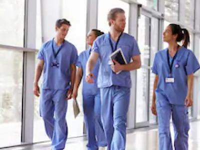 40 frases de Dia do Enfermeiro para homenagear esses heróis de jaleco