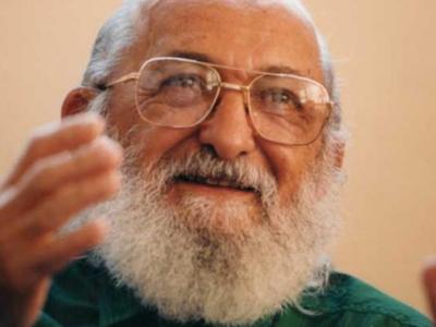 45 frases de Paulo Freire para refletir sobre educação e consciência social
