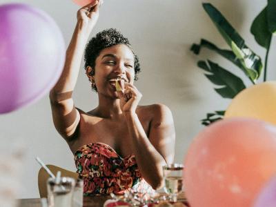 50 frases de aniversário engraçadas para comemorar com bom humor