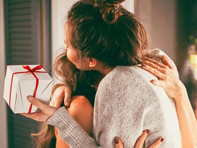 40 frases para amigo secreto que vão revelar quem você tirou