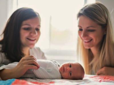40 frases de parabéns pelo bebê que dedicam muito amor para os papais