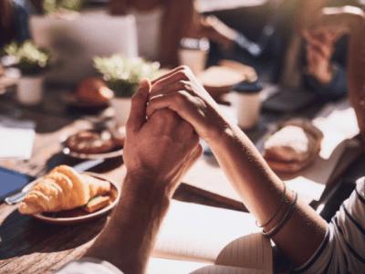 50 frases de oração da manhã que agradecem o cuidado de Deus